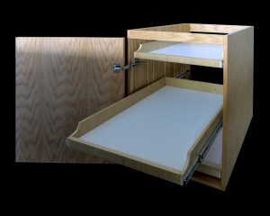 cabinet with 3 pull-out trays